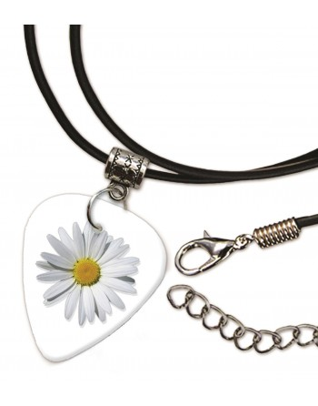 Daisy necklace with plectrum