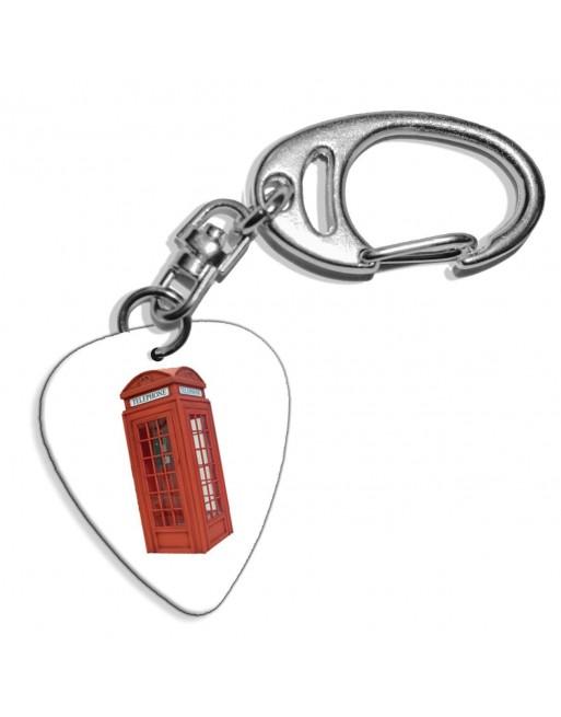 Plectrum sleutelhanger met de afbeelding van Engelse telefooncel
