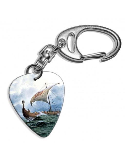 Plectrum sleutelhanger met de afbeelding van een viking boot