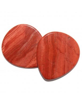 Rode Jaspis plectrum