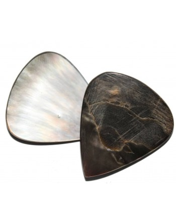 Handmade mother-of-pearl pick