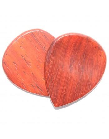 Padauk wooden plectrum