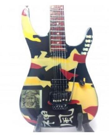 George Lynch miniatuur gitaar