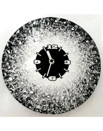 Dekorative Uhr mit Musiknoten
