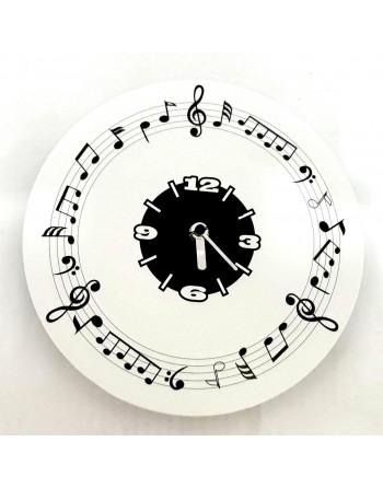 Dekorative Uhr mit Noten
